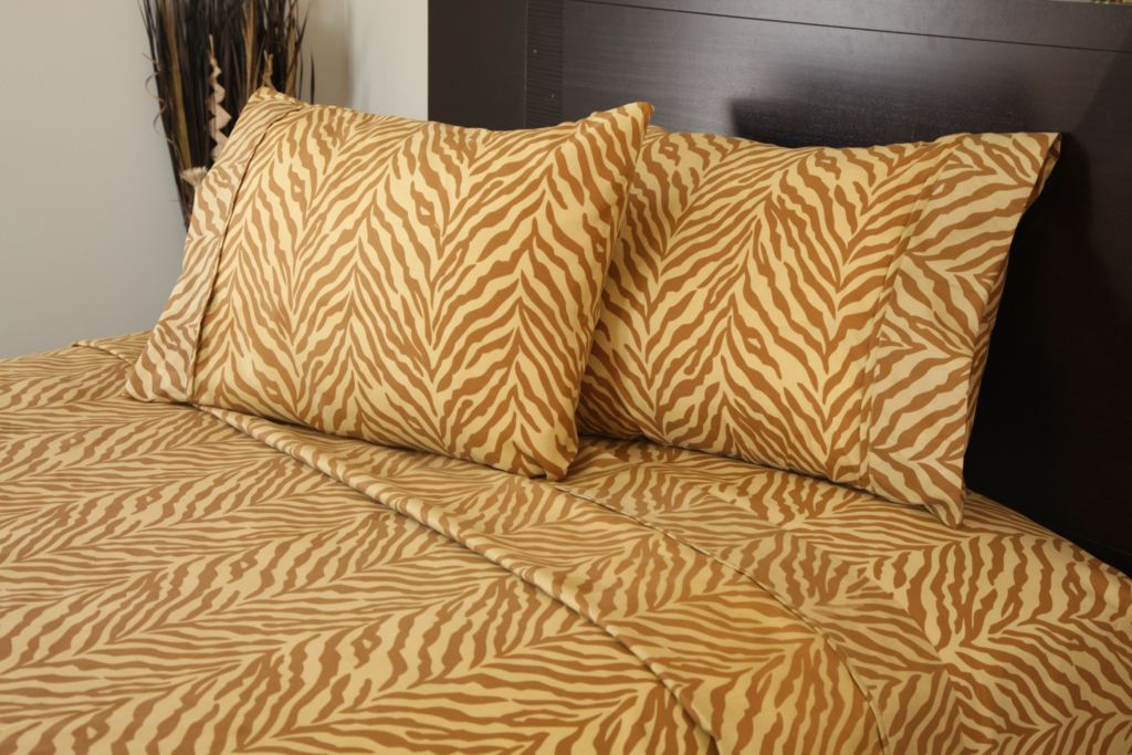 440-959 - Lavish Home Animal Print Four-Piece Sheet Set