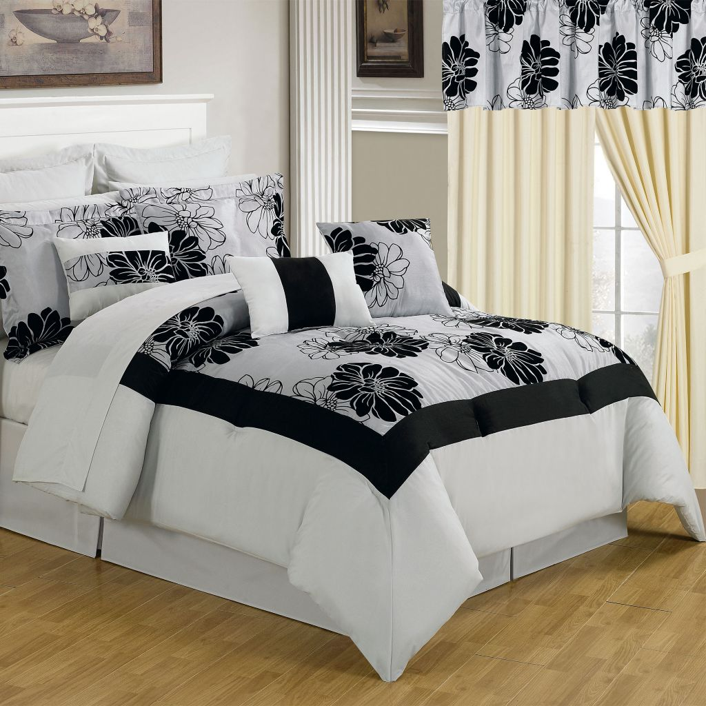 441-217 - Lavish Home Room-In-A-Bag Black & White Bedroom Set