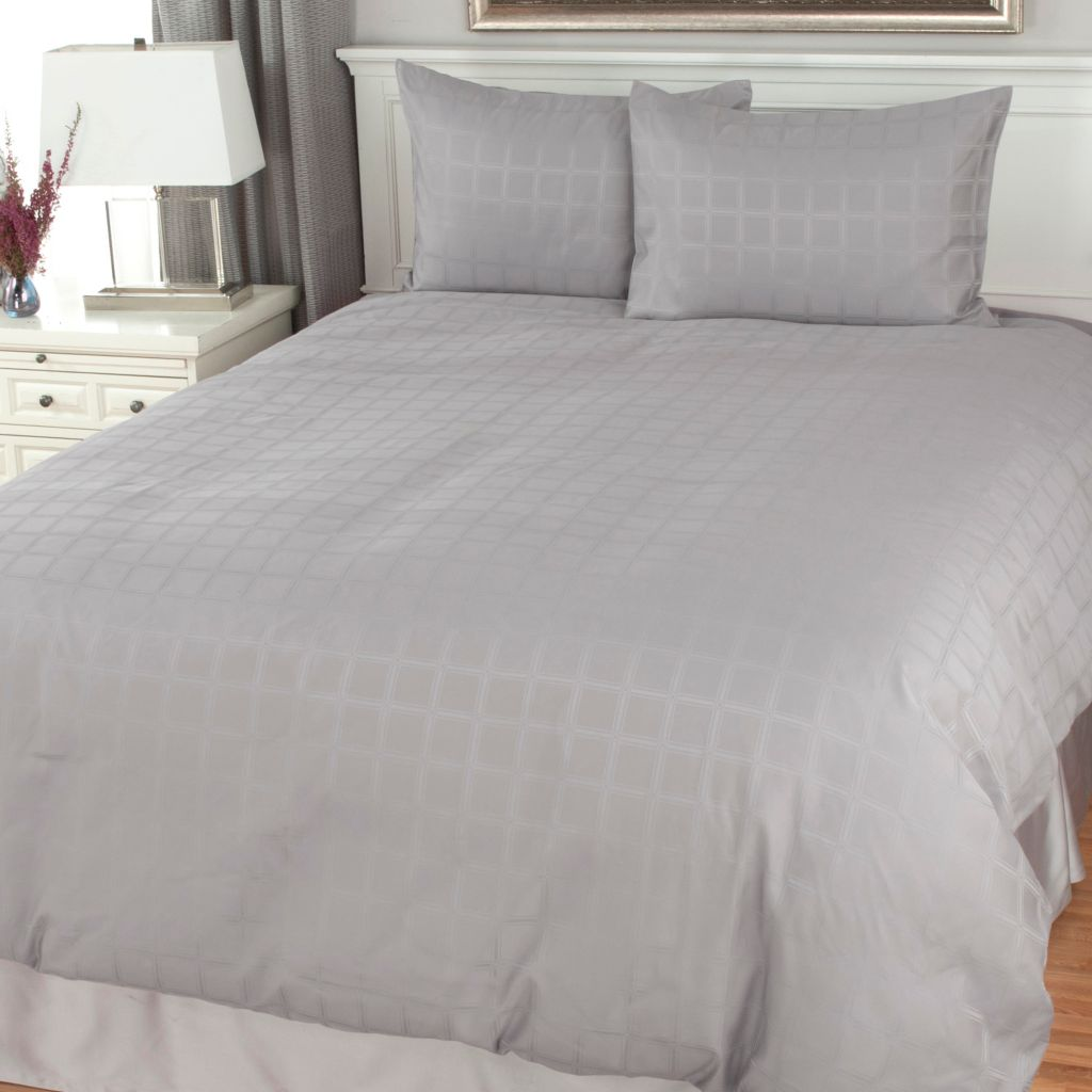 441-309 - North Shore Linens™ 1000TC Cotton / Poly Blend Windowpane Woven Three-Piece Duvet Set