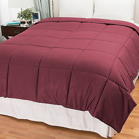 441-319 - Cozelle® Microfiber Down Alternative Comforter