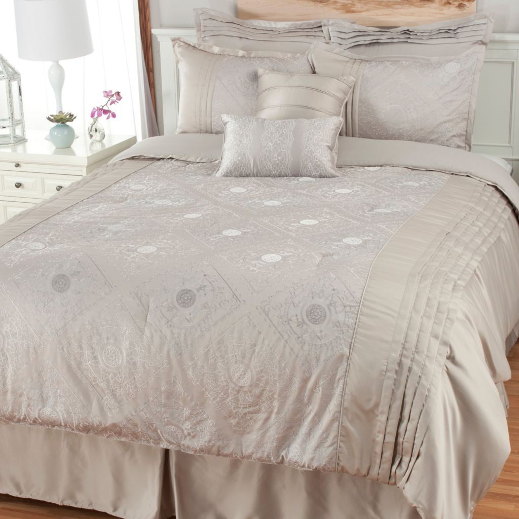 441-453 - North Shore Linens™ Floral Woven Jacquard Eight-Piece Bedding Ensemble