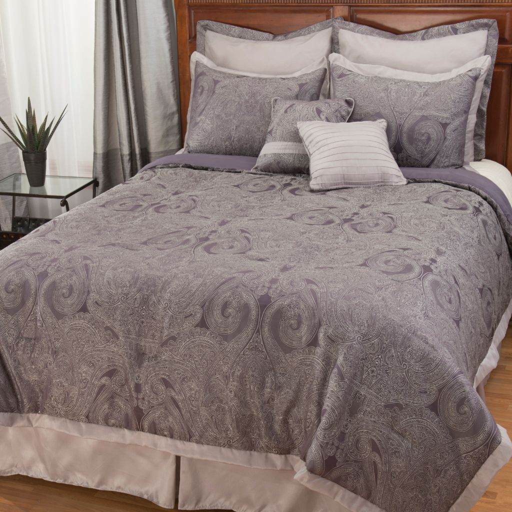 441-871 - North Shore Linens™ Paisley Jacquard Eight-Piece Bedding Ensemble