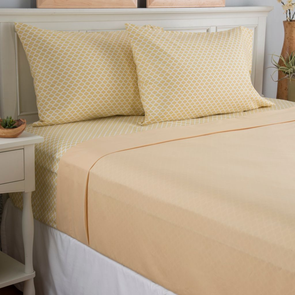 443-164 - Cozelle® Set of Two Microfiber Printed & Solid Four-Piece Sheet Sets