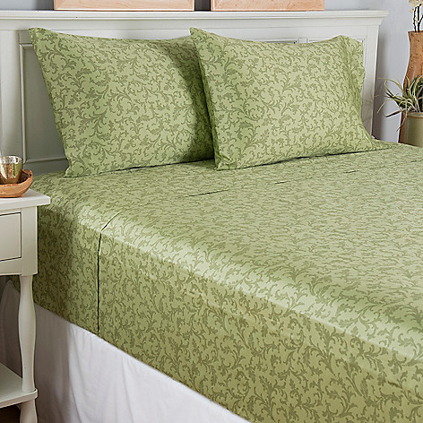 444-261 - North Shore Linens™ 400TC 100% Cotton Scrollwork Four-Piece Sheet Set