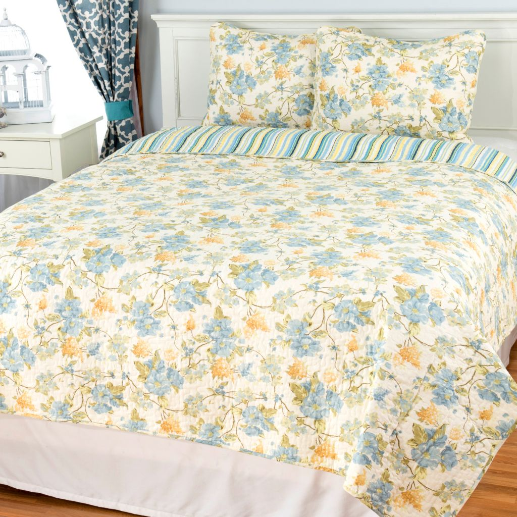 444-330 - Cozelle® Cotton / Poly Blend Floral & Striped Reversible Three-Piece Quilt Set