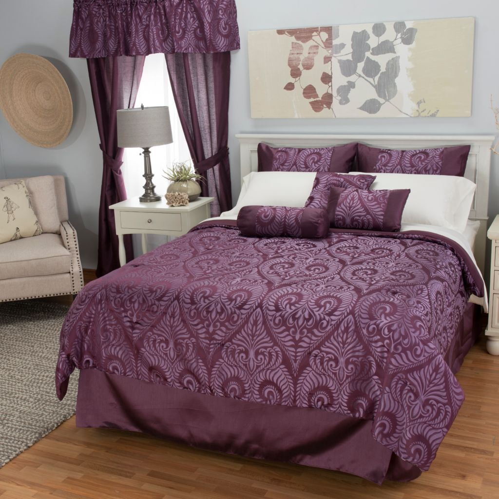 444-343 - North Shore Linens™ Scrollwork Jacquard 21-Piece Bedding Ensemble
