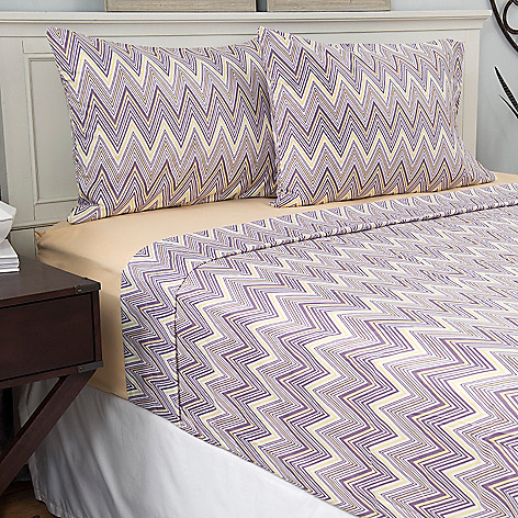 445-408 - Cozelle® Set of Two Microfiber Solid & Zigzag Four-Piece Sheet Sets