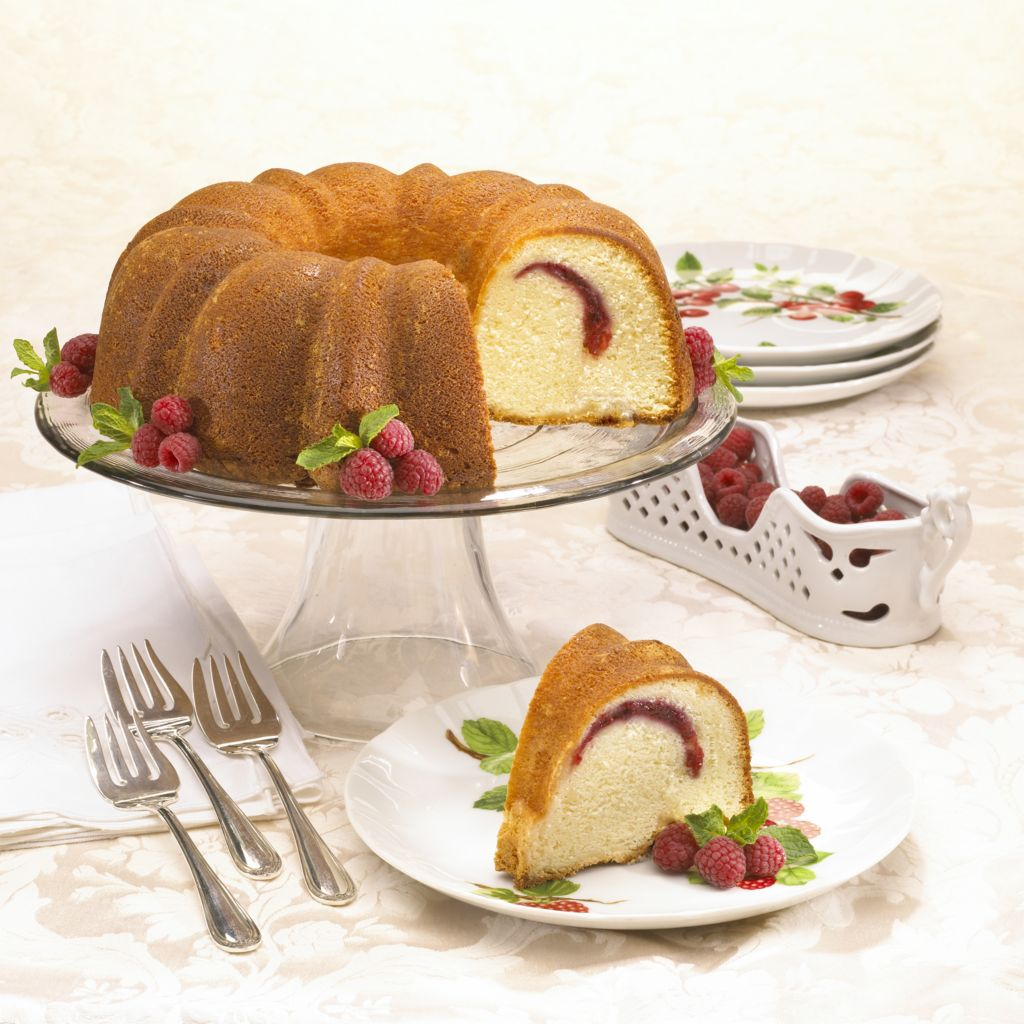 "445-505 - Penn Street Bakery 9"" Bundt-Style Gourmet Dessert Cake without Nuts"