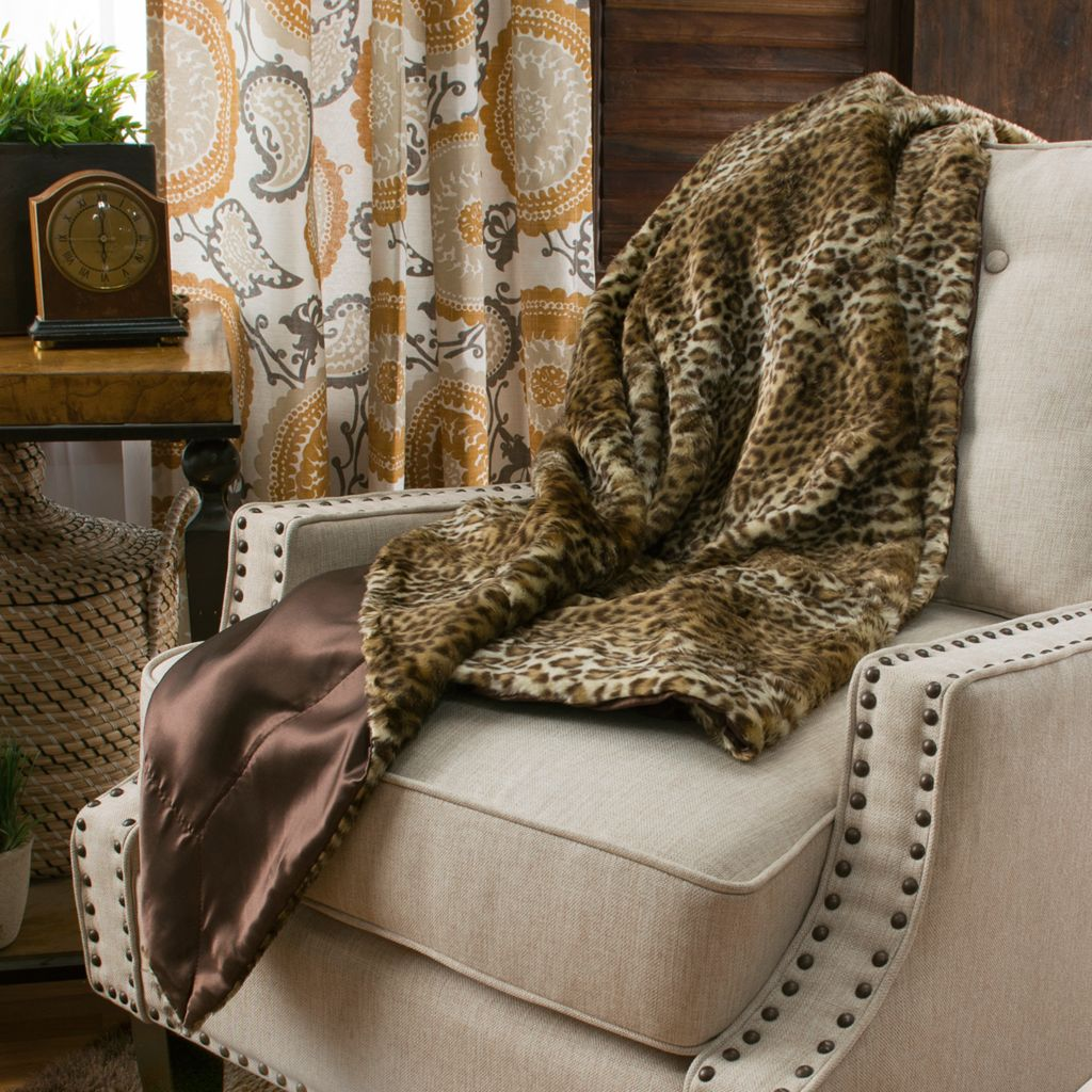 "446-048 - North Shore Linens™ 60"" x 50"" Faux Fur Throw"