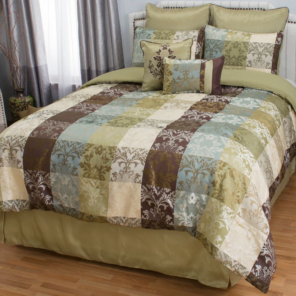 446-675 - North Shore Linens™ Microfiber Floral Print Eight-Piece Bedding Ensemble