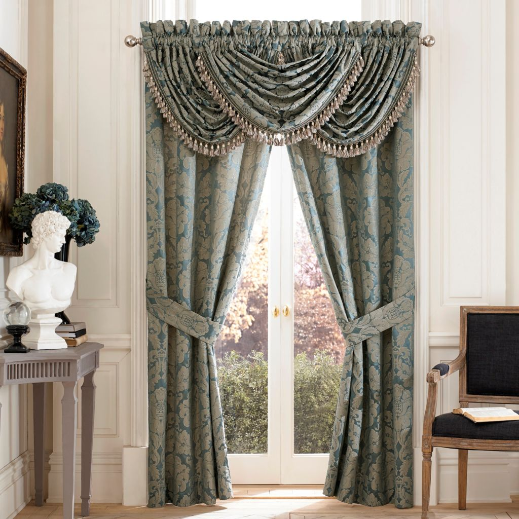 "447-253 - Croscill 48"" x 33"" Floral Damask Window Valance"