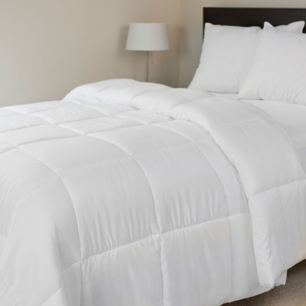 448-502 - Lavish Home 210TC Microfiber Down Alternative Comforter