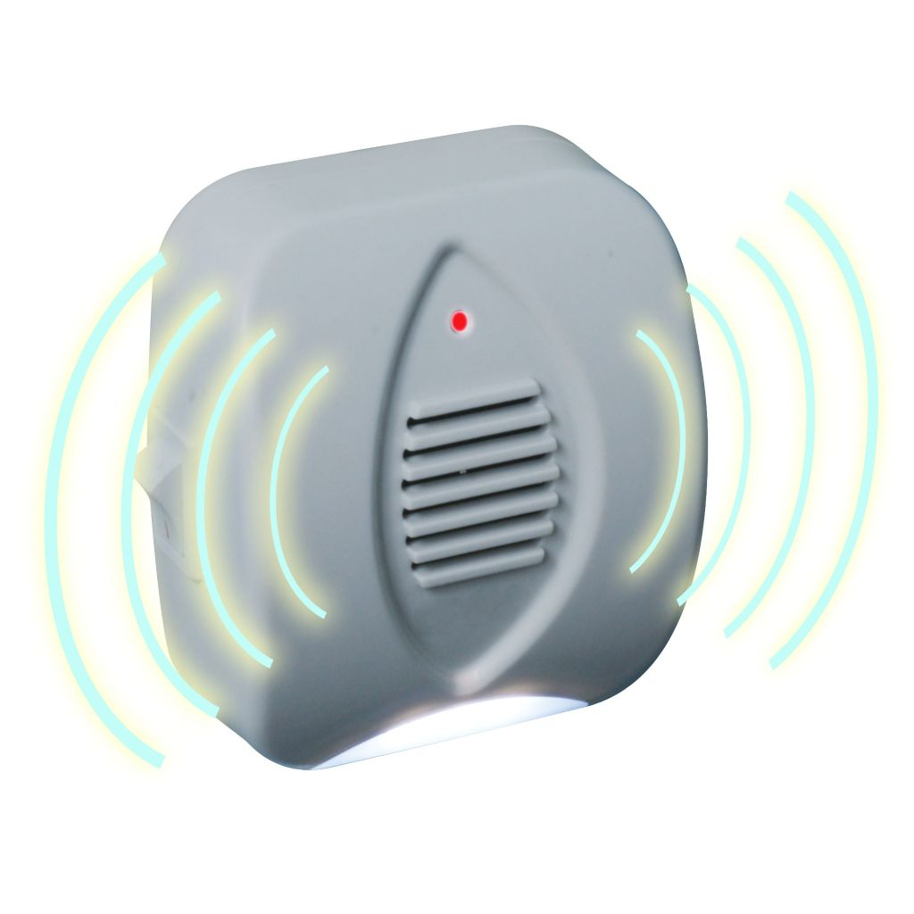448-907 - Stalwart Ultrasonic Pest Repeller w/ Built-In Night Light