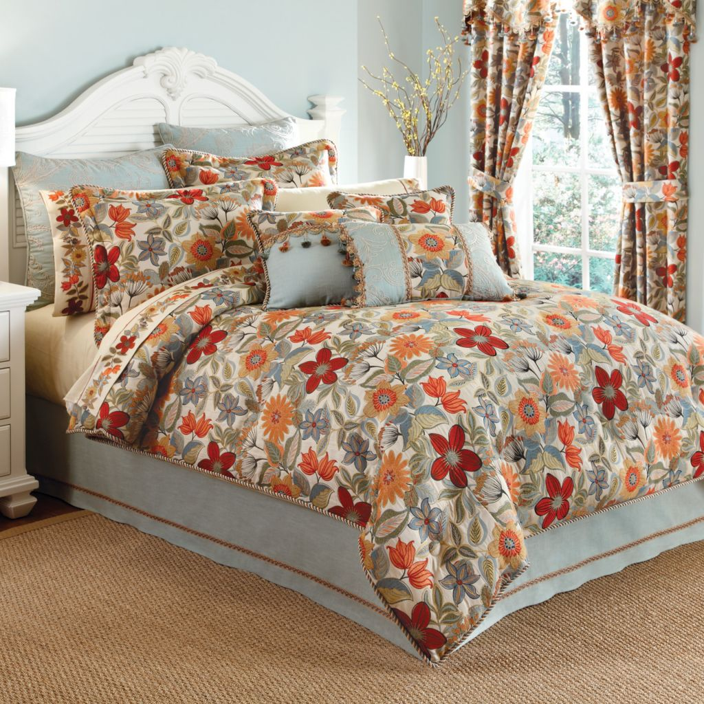 449-171 - Croscill Tropical Flower Four-Piece Comforter Set