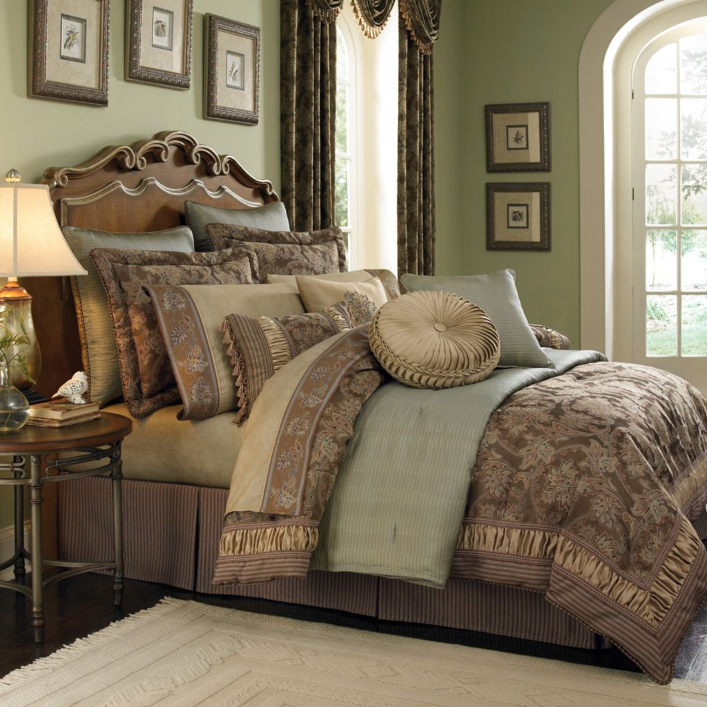 449-173 - Croscill Floral Paisley Four-Piece Comforter Set