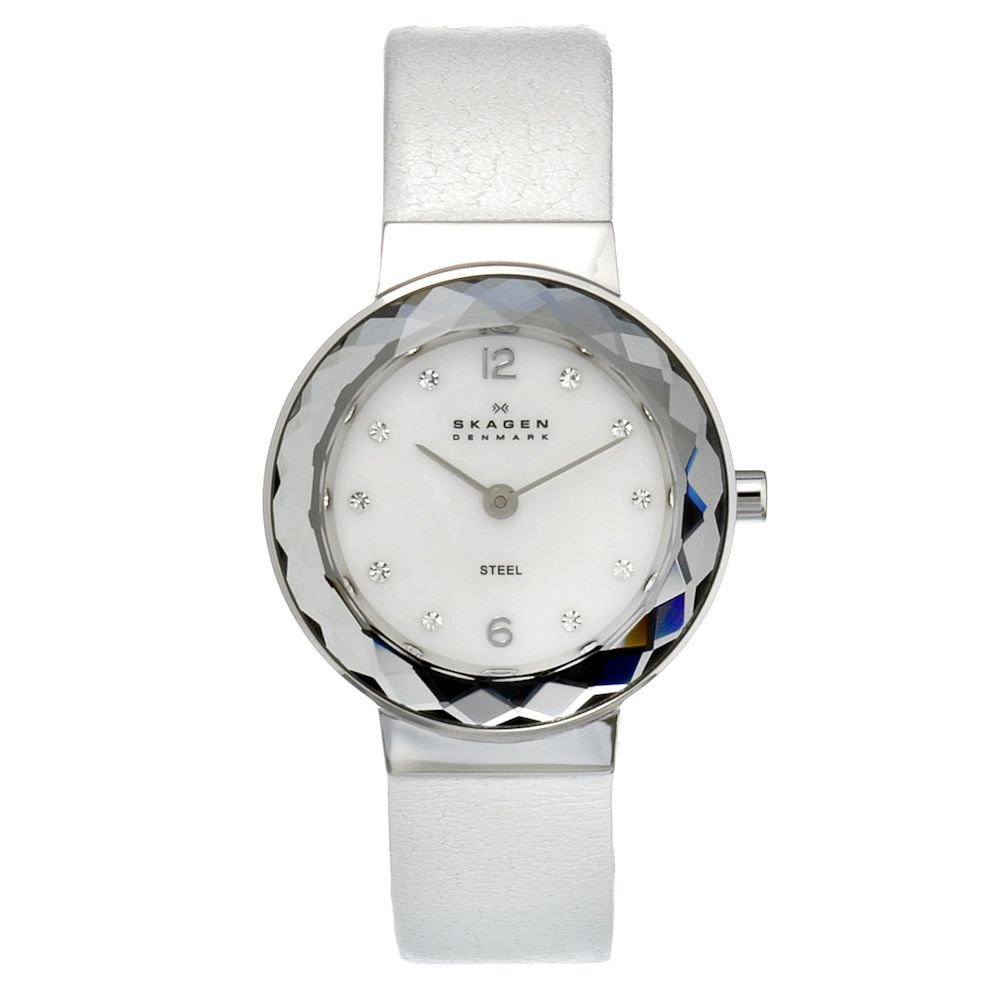 621-988 - Skagen Women's Quartz Crystal Accented Leather Strap Watch