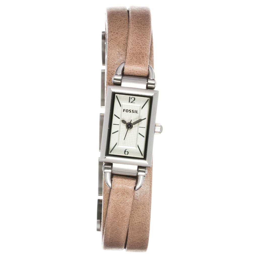 624-619 - Fossil Women's Delaney Quartz Leather Strap Watch