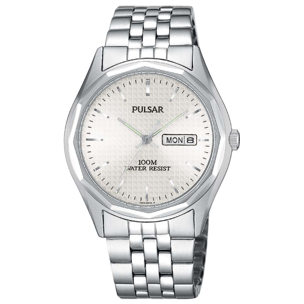 626-099 - Pulsar 37mm Traditional Quartz Day & Date Stainless Steel Bracelet Watch