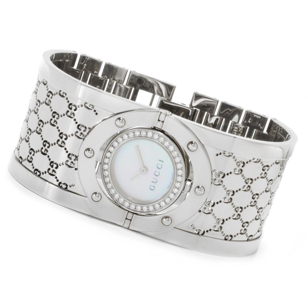 626-576 - Gucci Women's Twirl Swiss Made Quartz Stainless Steel Bangle Bracelet Watch