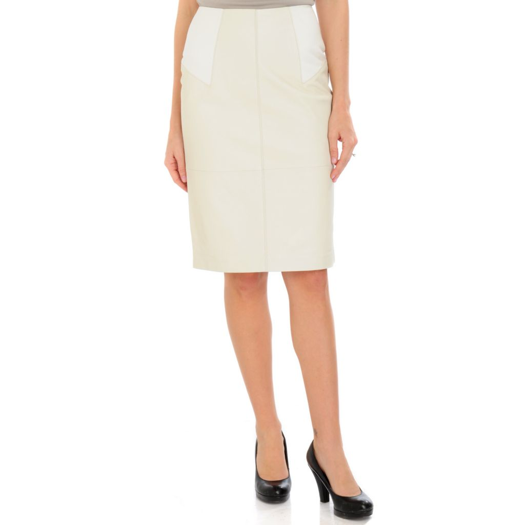 700-871 - Pamela McCoy Leather with Knit Panels Back Zip Closure Straight Skirt