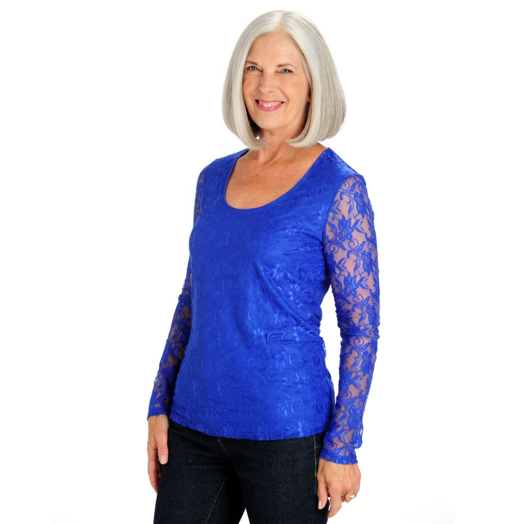711-017 - Geneology Stretch Lace Long Sleeved Scoop Neck Top