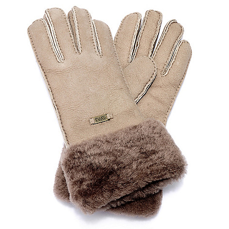 711-952 - EMU® Women's Sheepskin Short Fur Cuffed Gloves