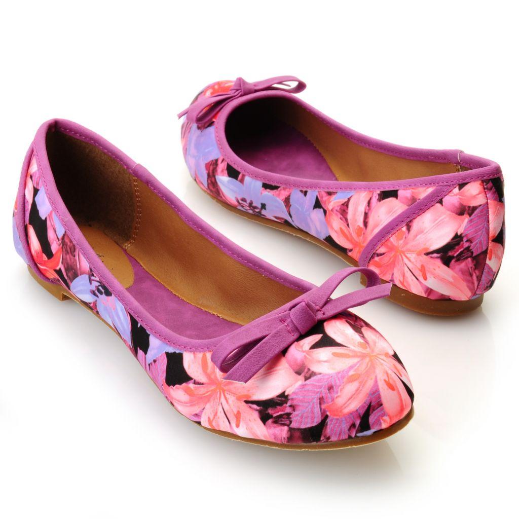 712-813 - Michael Antonio® Floral Print Ballet Flats