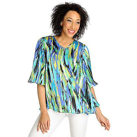 712-890 - Kate & Mallory Woven Print Angel Sleeved V-Neck Blouse