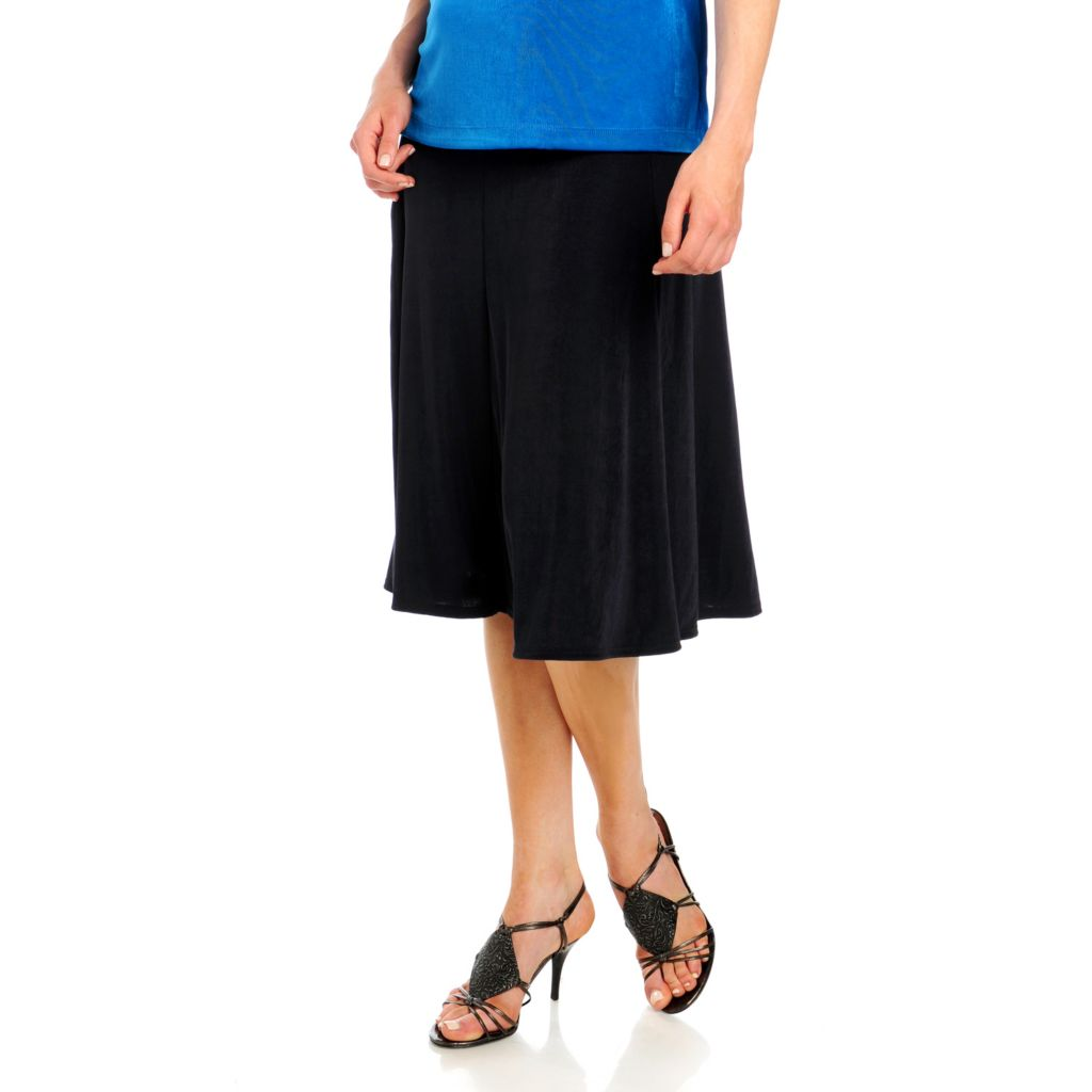 713-612 - Affinity for Knits™ Elastic Waist Topstitched Yoke Six Gore Skirt