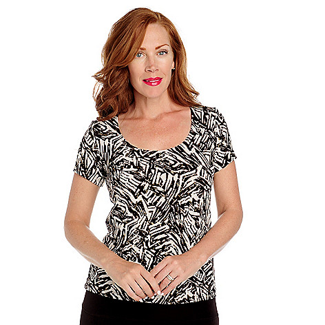 713-617 - Affinity Travel Knits™ Short Sleeved Scoop Neck Foil Printed Top
