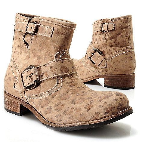 713-722 - Matisse® Leather Buckle Detailed Short Boots