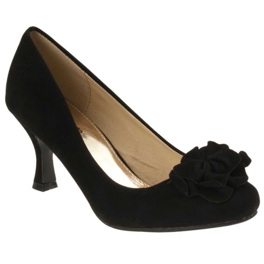 713-982 - Giga by Riverberry Women's Flower Detail Microsuede Pumps
