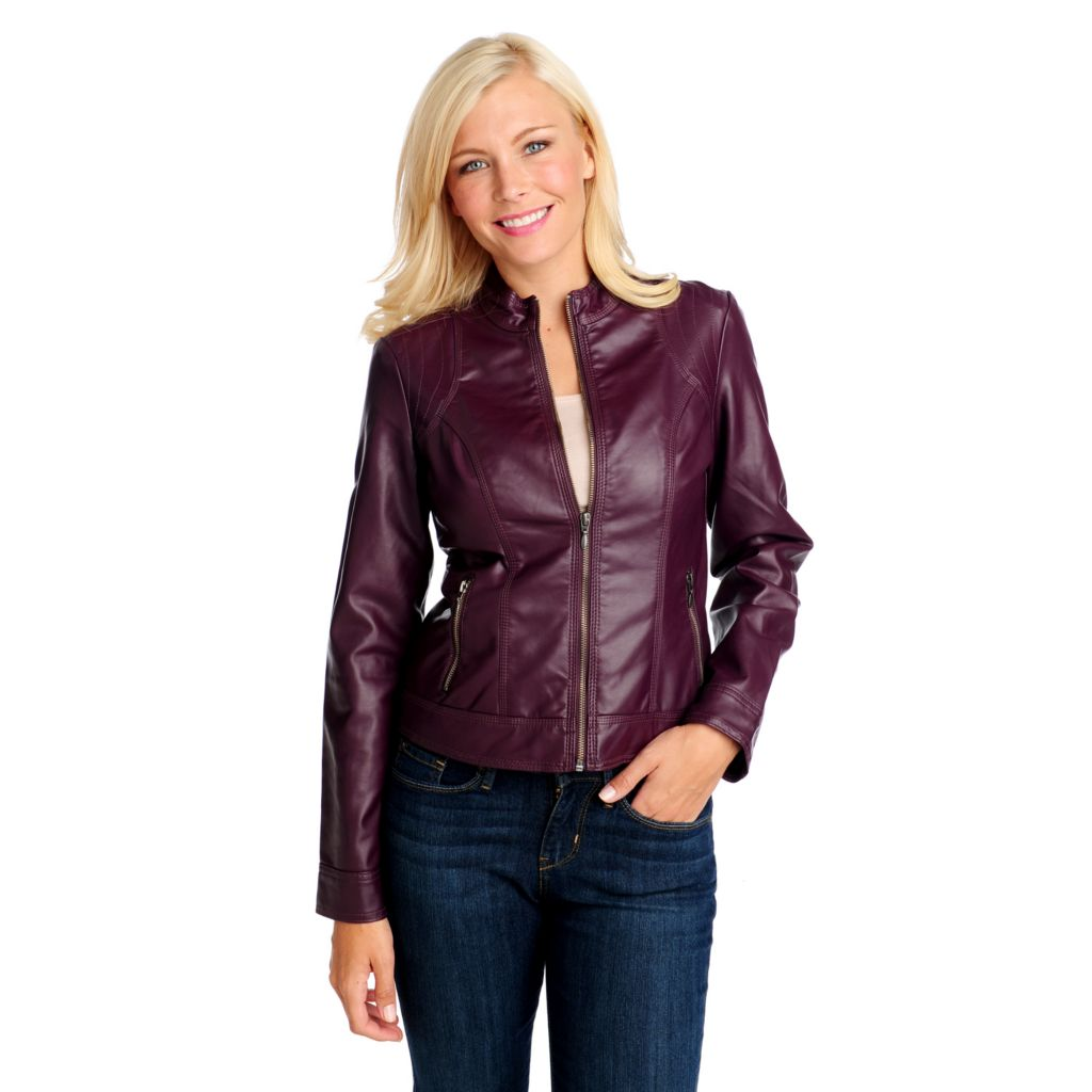 714-052 - OSO Casuals Faux Leather Long Sleeved Stitched Shoulder Zip Front Jacket