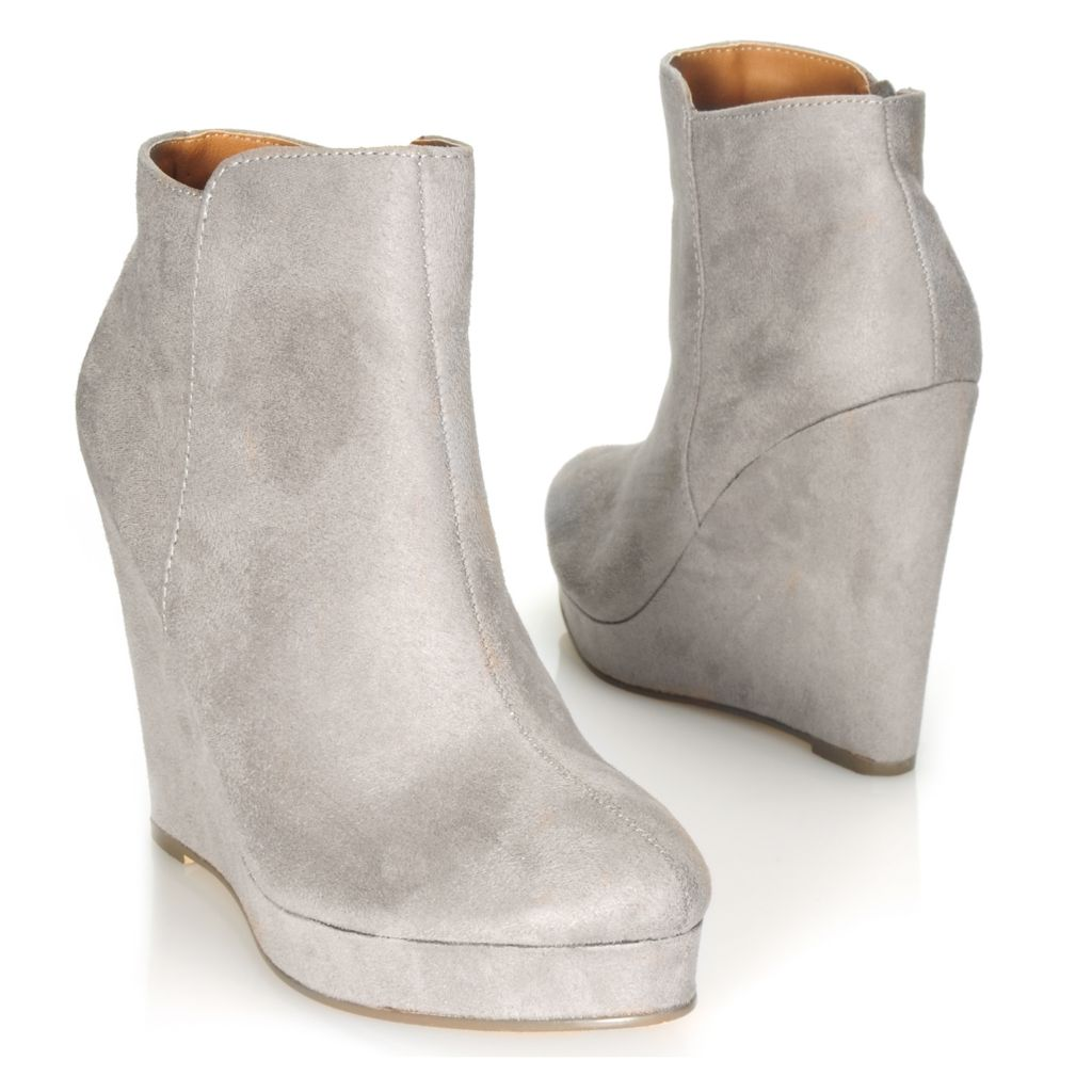 714-115 - Michael Antonio® Side Zip Platform Ankle Boots
