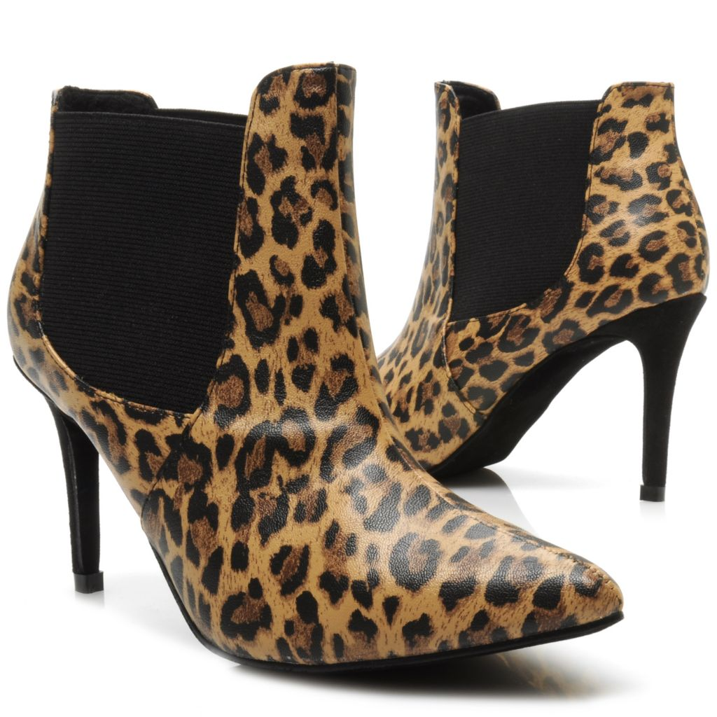 714-116 - Michael Antonio® Leopard Print Pointed Toe Ankle Boots