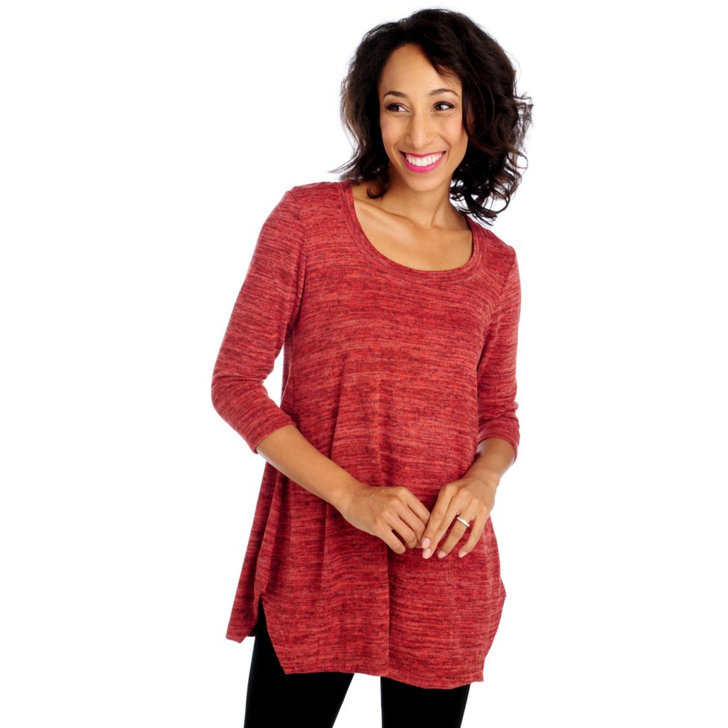 714-206 - aDRESSing WOMAN Sweater Knit 3/4 Sleeved Scoop Neck Side Vented Tunic