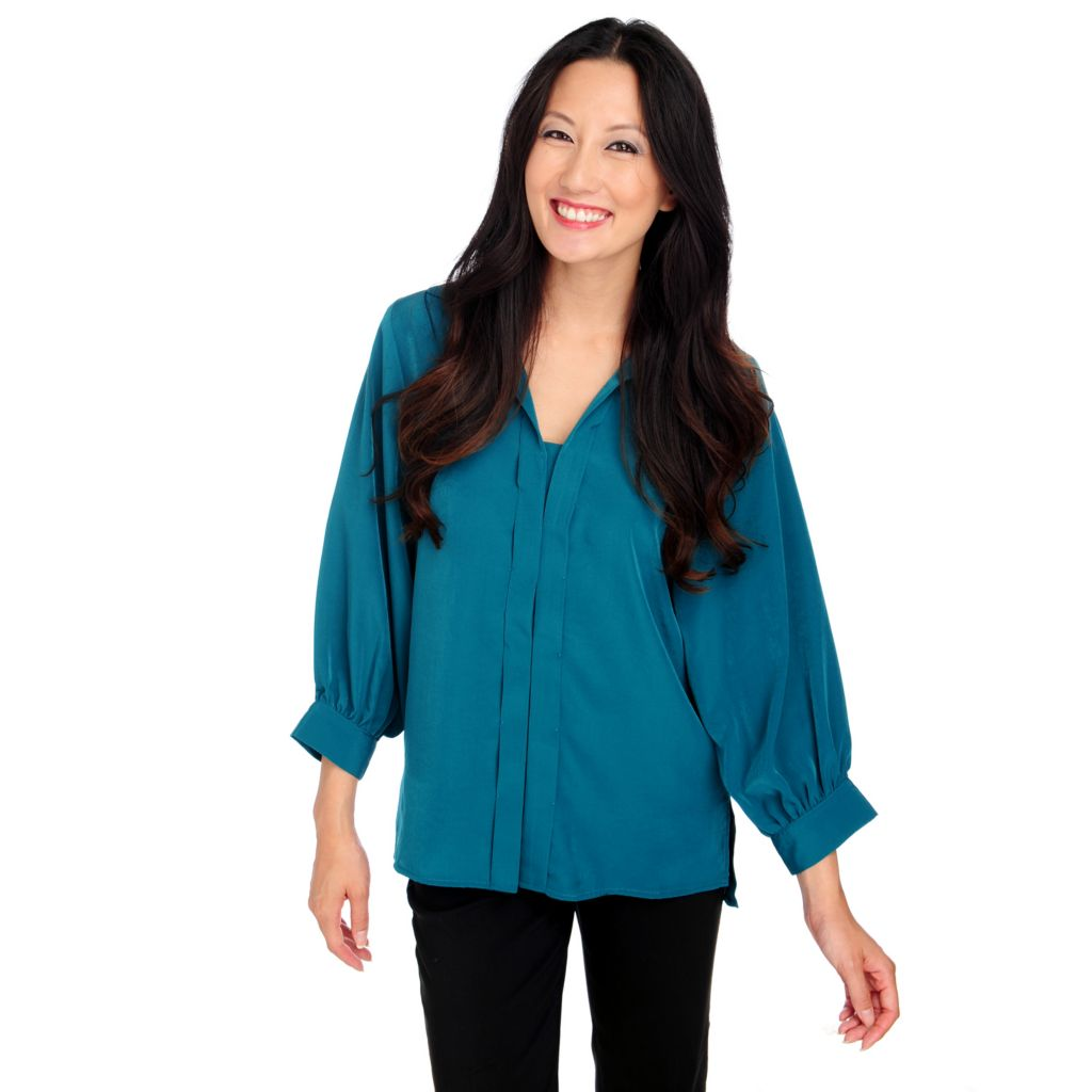 714-248 - Kate & Mallory Challis Blouson Sleeved Hi-Lo Hem Button-up Top