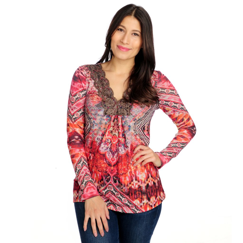 714-673 - One World Sweater Knit Long Sleeved Lace Trim V-Neck Top
