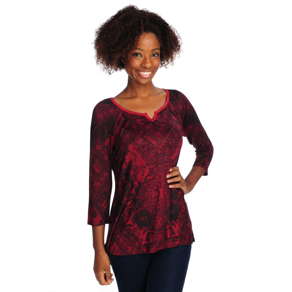 714-675 - One World Stretch Knit Raglan Sleeved Bling Notch Neck Hi-Lo Top