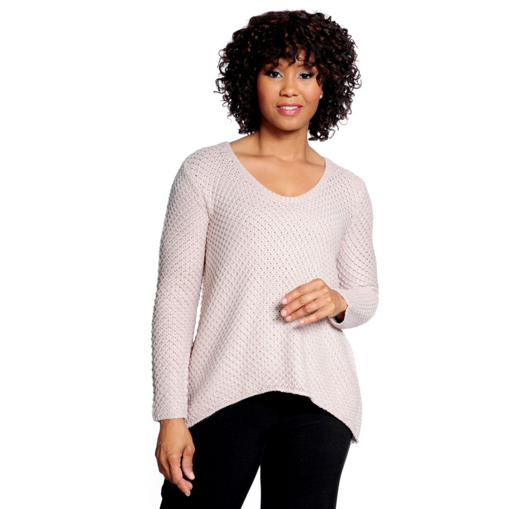 714-691 - Kate & Mallory Chunky Knit Long Sleeved Scoop Neck Hi-Lo Sweater