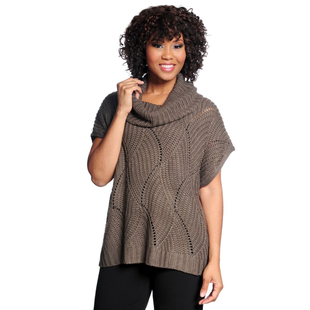 714-692 - Kate & Mallory Chunky Knit Sleeveless Cowl Neck Pullover Sweater