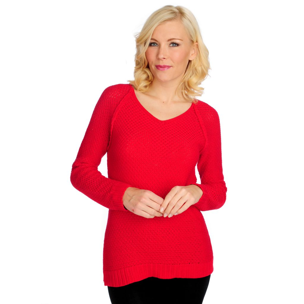 714-708 - OSO Casuals Textured Knit Raglan Sleeved V-Neck Pullover Sweater