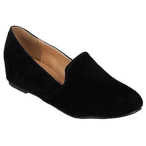714-826 - Journee Collection Women's 'Jasper-3' Sueded Round Toe Flats