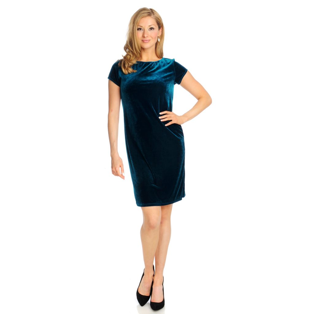 715-018 - Kate & Mallory Velvet Short Sleeved Mid-Length Shift Dress