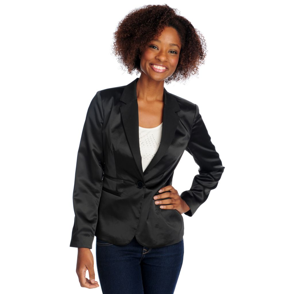 715-024 - WD.NY Satin Long Sleeved One-Button Blazer