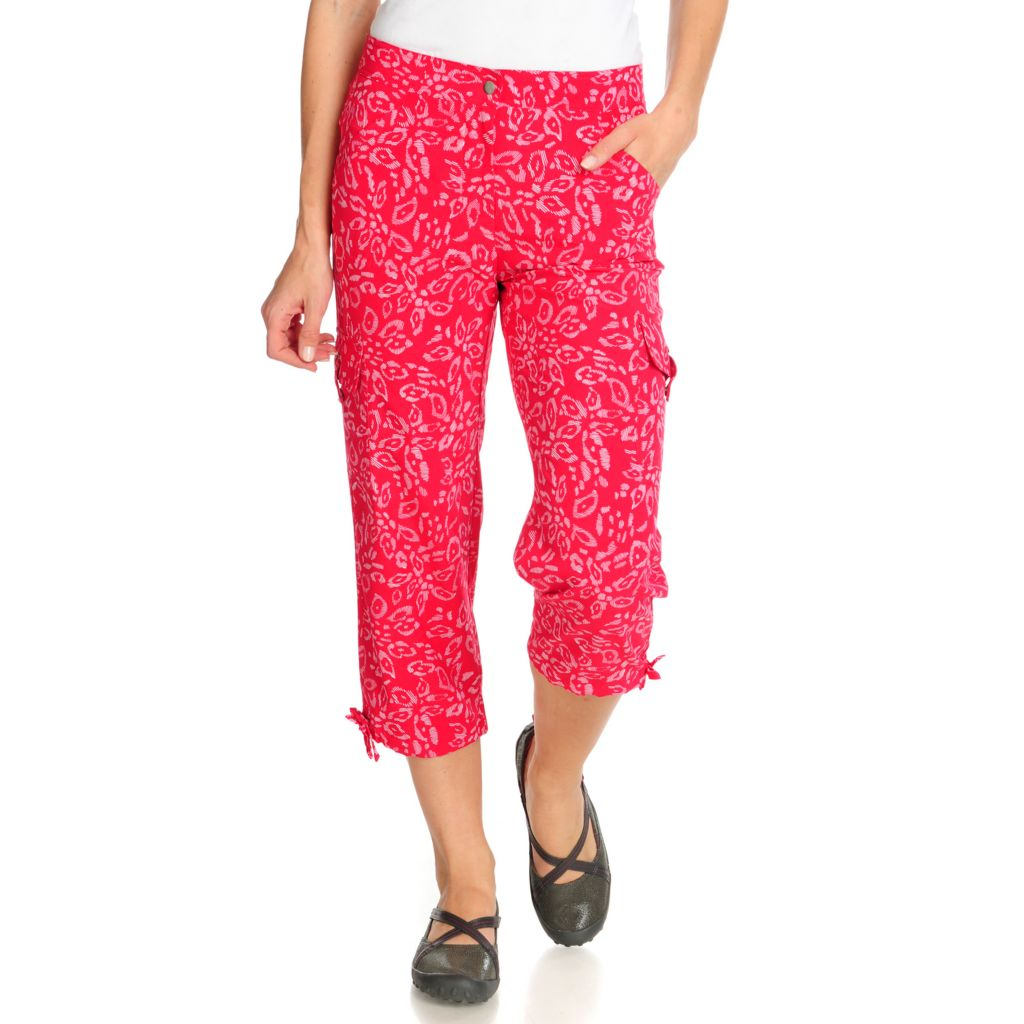 715-076 - Propella™ Stretch Woven Printed Cargo Capri Pants