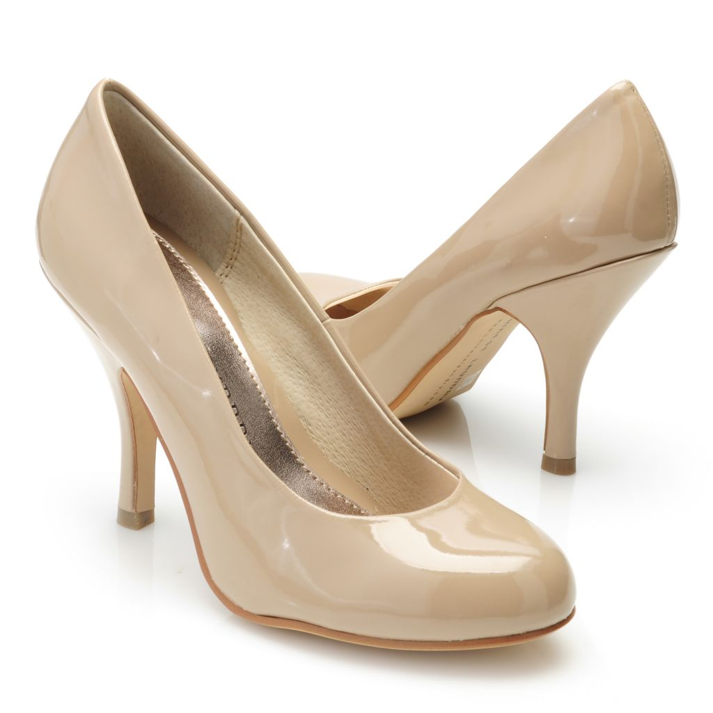 715-084 - Chinese Laundry Patent Finished Dress Pumps