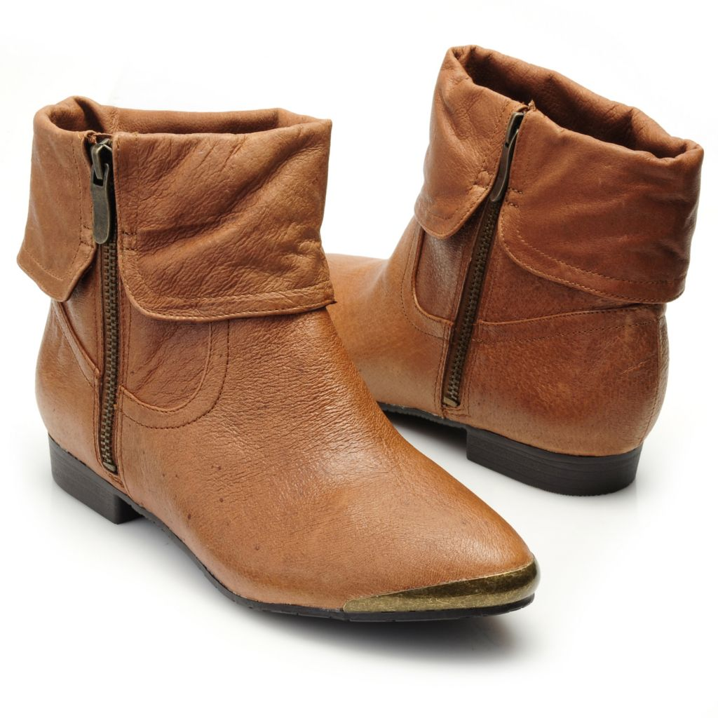 715-087 - Chinese Laundry Leather Side Zip Cuffed Ankle Boots
