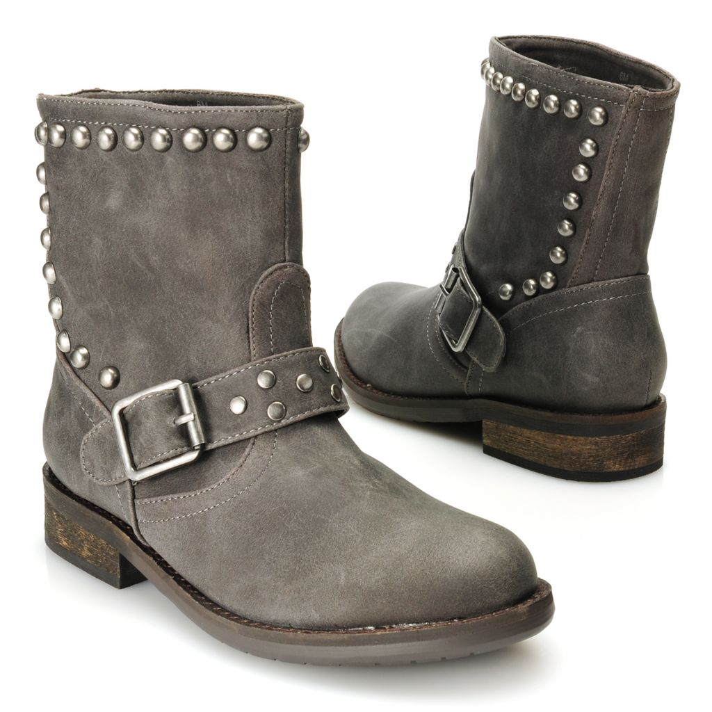 715-105 - Matisse® Round Studded Buckle Detailed Short Boots