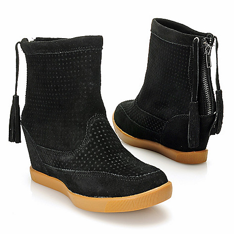 715-106 - Matisse® Textured Suede Leather Tasseled Back Zip Hidden Wedge Ankle Boots